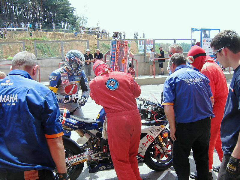I refuel the Junior bike during the 2006 Zolder 6 hour race where it finished 8th.